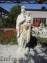 Памятники,  распятия,  скульптура из косэуцкого камня.
